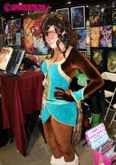 leah rose in cosplay