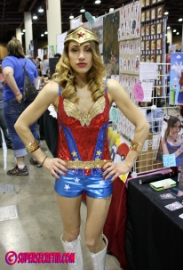 ww by girls of geek model