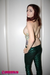 Mera Maid Back
